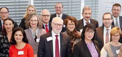 Banken spenden 55.400 Euro  an gemeinnützige Organisationen